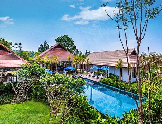 Pool at Resort 12 Rehab in Thailand